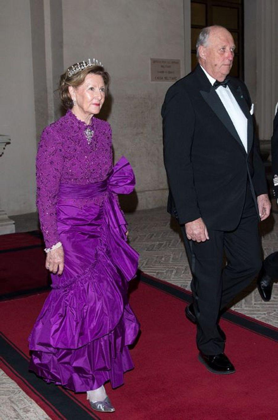 La reine Sonja et le roi Harald V de Norvège à Rome, le 6 avril 2016