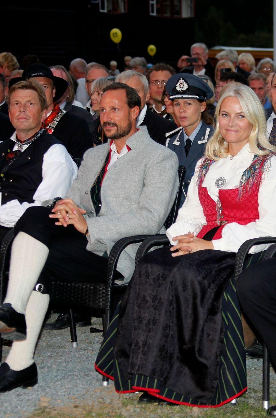La princesse Mette-Marit et le prince Haakon de Norvège à Seljord, le 9 septembre 2016