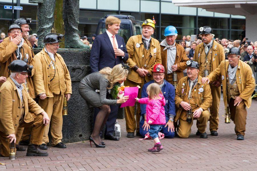 La reine Maxima et le roi Wilem-Alexander des Pays-Bas dans le Limburg, le 8 octobre 2015