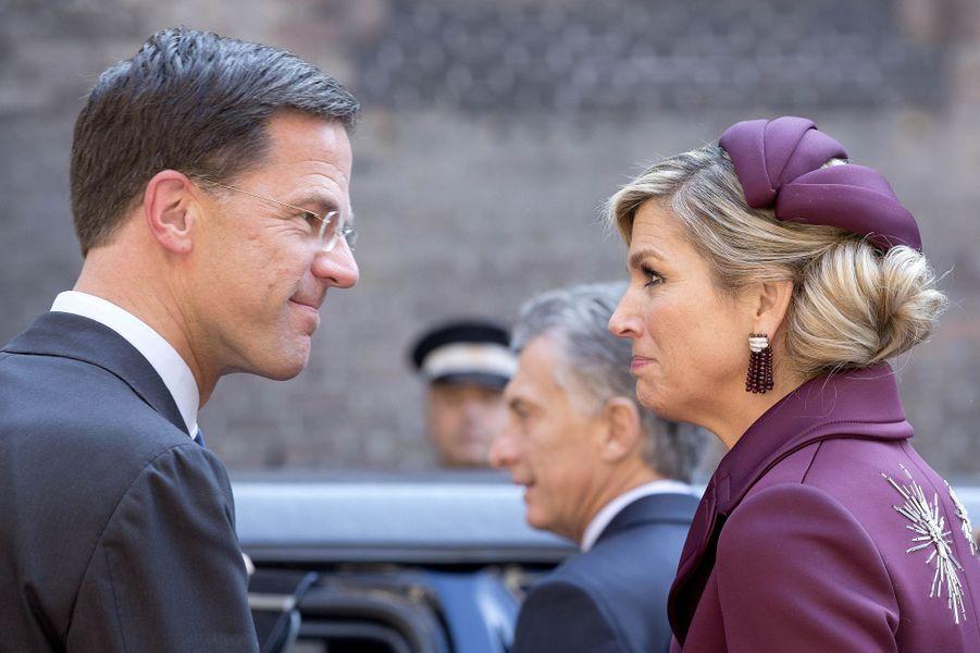 La reine Maxima des Pays-Bas et le Premier ministre néerlandais à La Haye, le 28 mars 2017