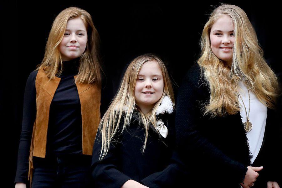 Les princesses Alexia, Ariane et Catharina-Amalia des Pays-Bas à Amsterdam, le 3 février 2018