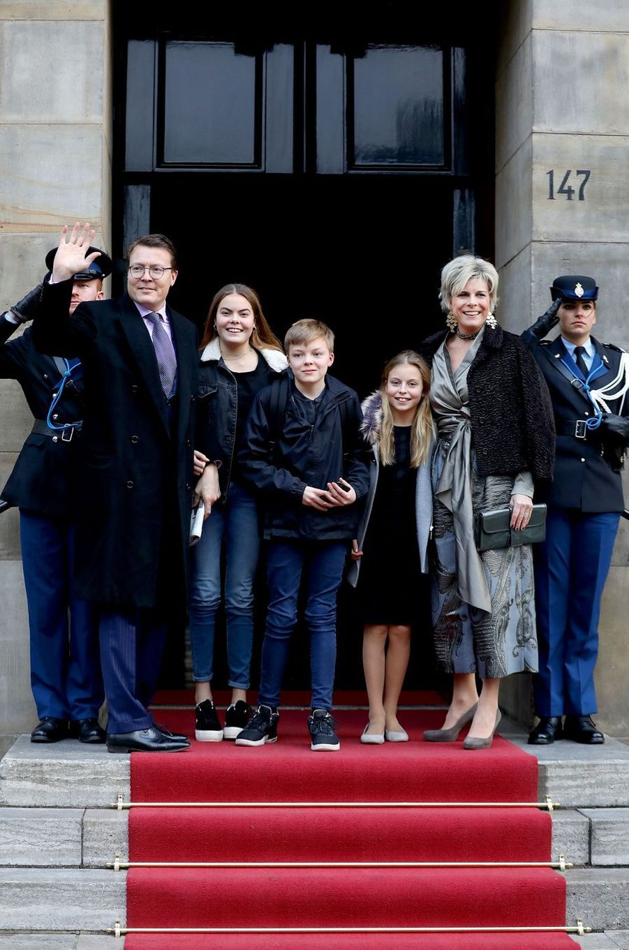 La princesse Laurentien et le prince Constantijn des Pays-Bas et leurs trois enfants à Amsterdam, le 3 février 2018