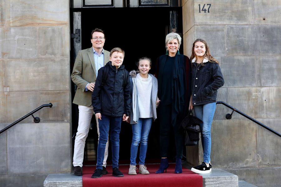 La princesse Laurentien et le prince Constantijn des Pays-Bas et leurs trois enfants à Amsterdam, le 4 février 2018