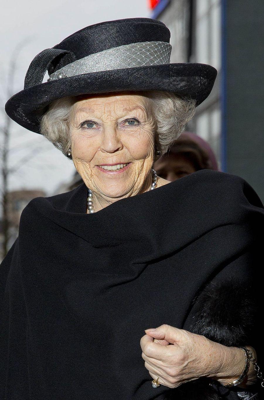 Le chapeau de l'ex-reine Beatrix des Pays-Bas à Utrecht, le 22 janvier 2018