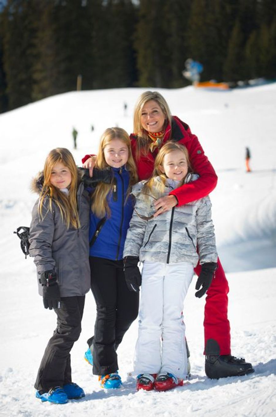 La reine Maxima des Pays-Bas avec ses filles à Lech, le 22 février 2016