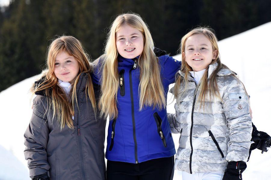 Les princesses Alexia, Catharine-Amalia et Ariane des Pays-Bas à Lech, le 22 février 2016
