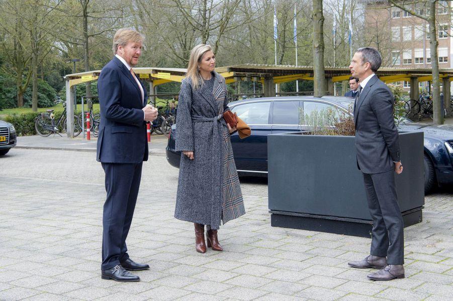 La reine Maxima et le roi Willem-Alexander des Pays-Bas à Bilthoven, le 3 avril 2020