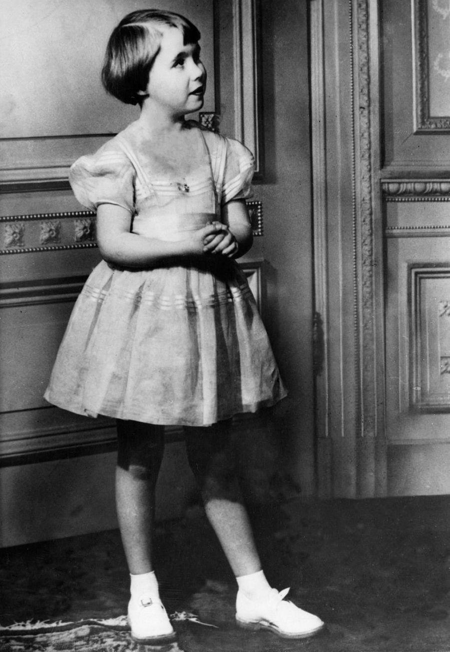La princesse Christina des Pays-Bas à 8 ans en 1955
