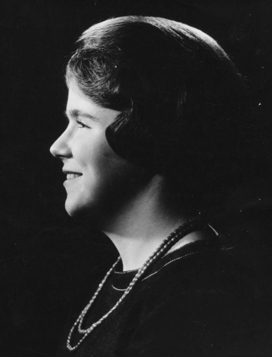 La princesse Christina des Pays-Bas, photo pour ses 17 ans le 18 février 1964
