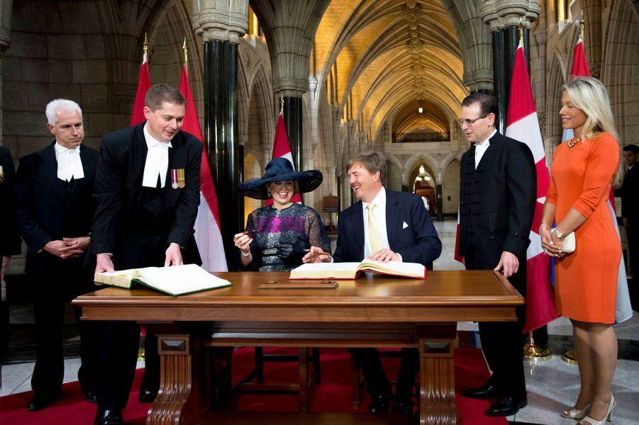 La reine Maxima et le roi Willem-Alexander des Pays-Bas au Parlement à Ottawa, le 27 mai 2015