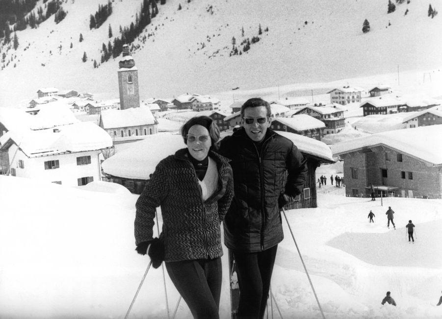 La princesse Beatrix des Pays-Bas et son fiancé Claus von Amsberg à Lech, le 31 janvier 1966