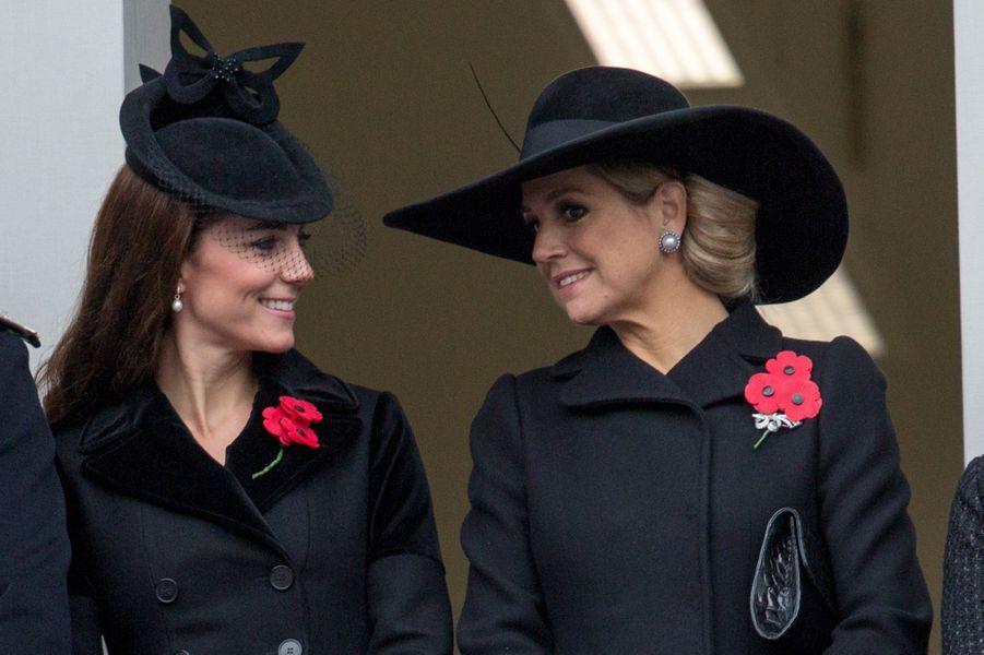 La reine Maxima des Pays-Bas avec la duchesse Catherine de Cambridge à Londres, le 8 novembre 2015