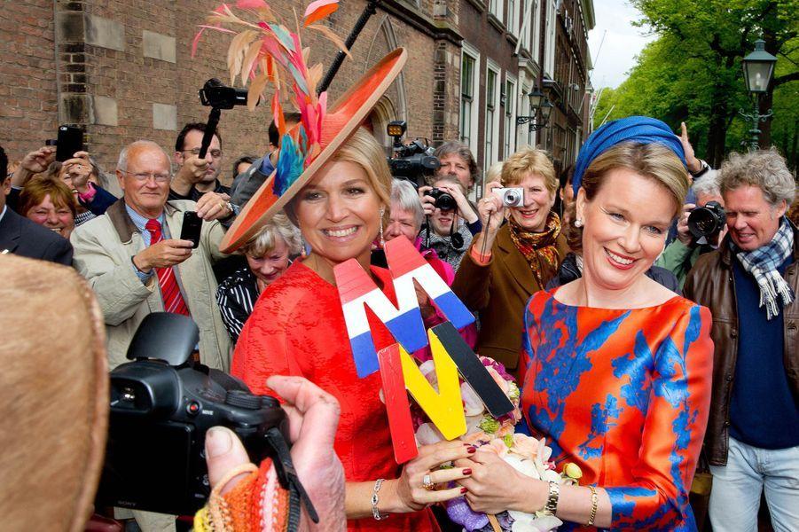 La reine Maxima des Pays-Bas avec la reine Mathilde de Belgique à La Haye, le 20 mai 2015