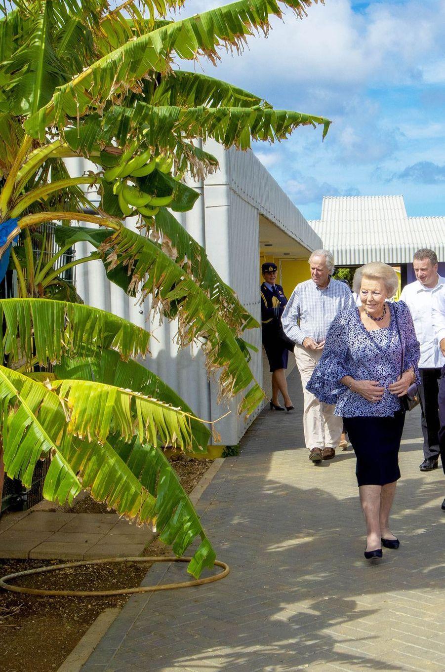 La princesse Beatrix des Pays-Bas sur l'île de Bonaire dans les Caraïbes, le 29 novembre 2018