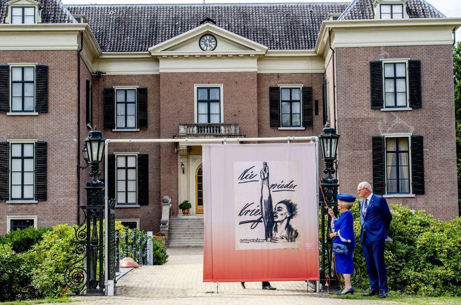 L'ex-reine Beatrix des Pays-Bas inaugure une exposition à Doorn, le 24 août 2018