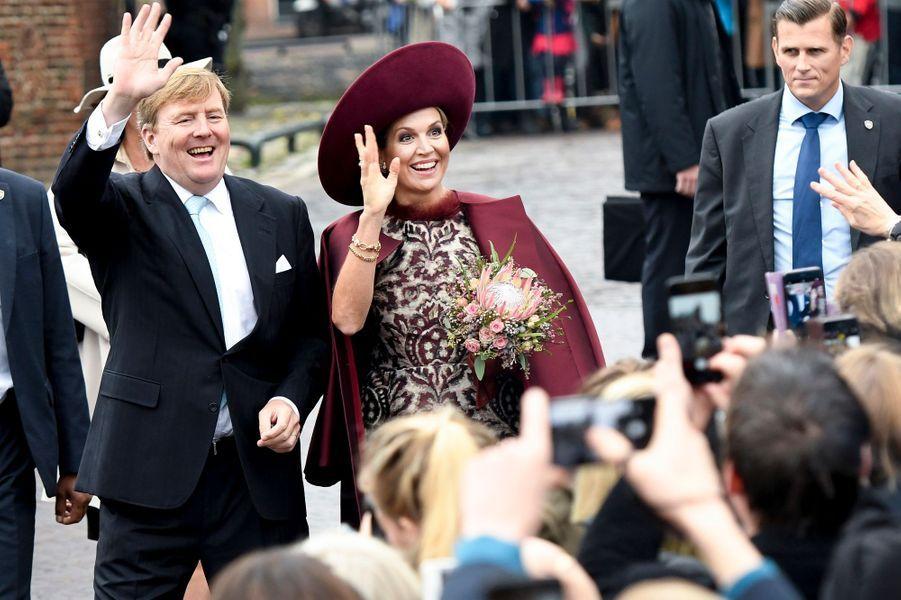 La reine Maxima et le roi Willem-Alexander des Pays-Bas dans l'Eemland, le 24 octobre 2017