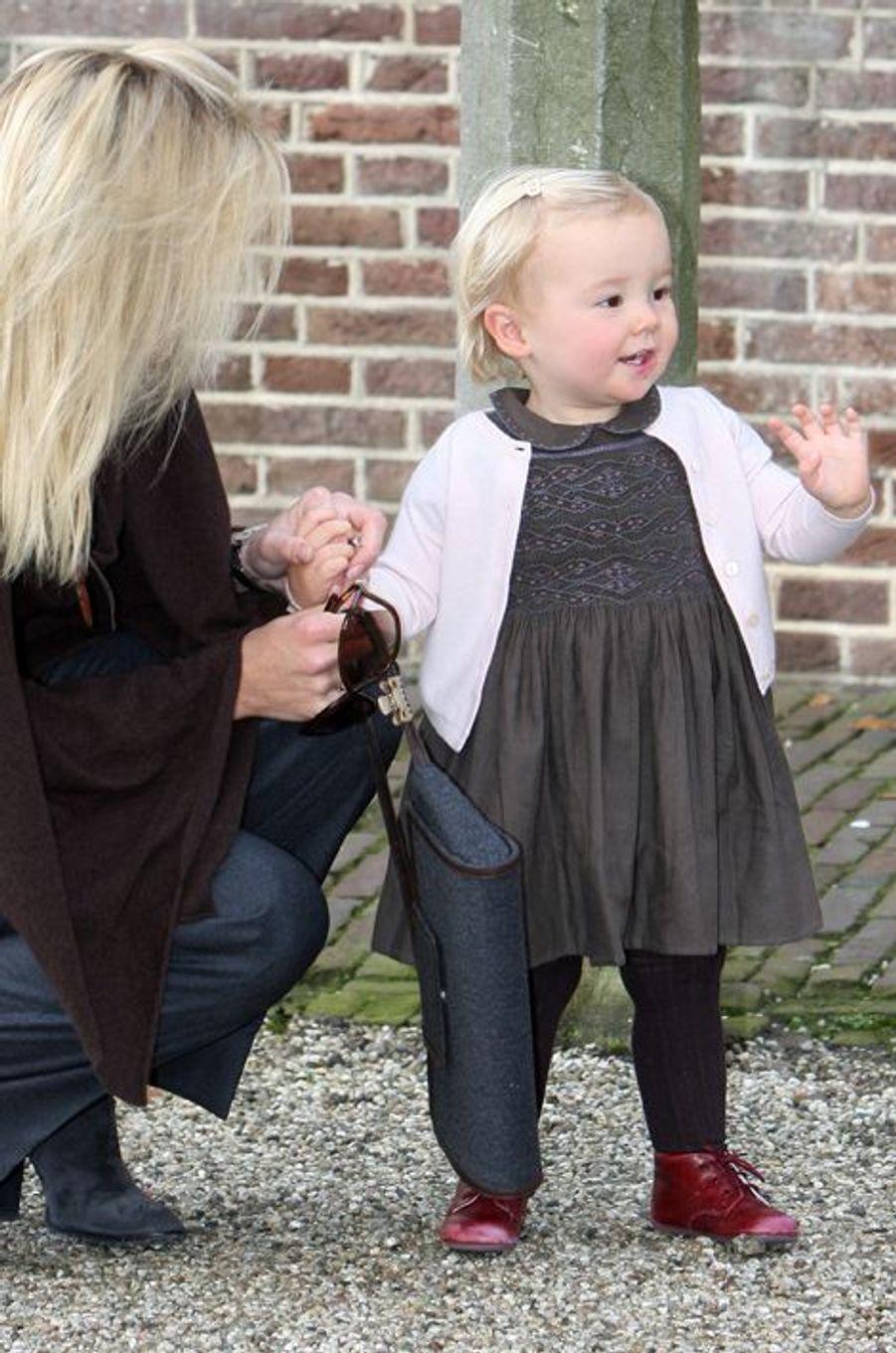 La princesse Ariane des Pays-Bas avec sa mère Maxima, le 2 novembre 2008