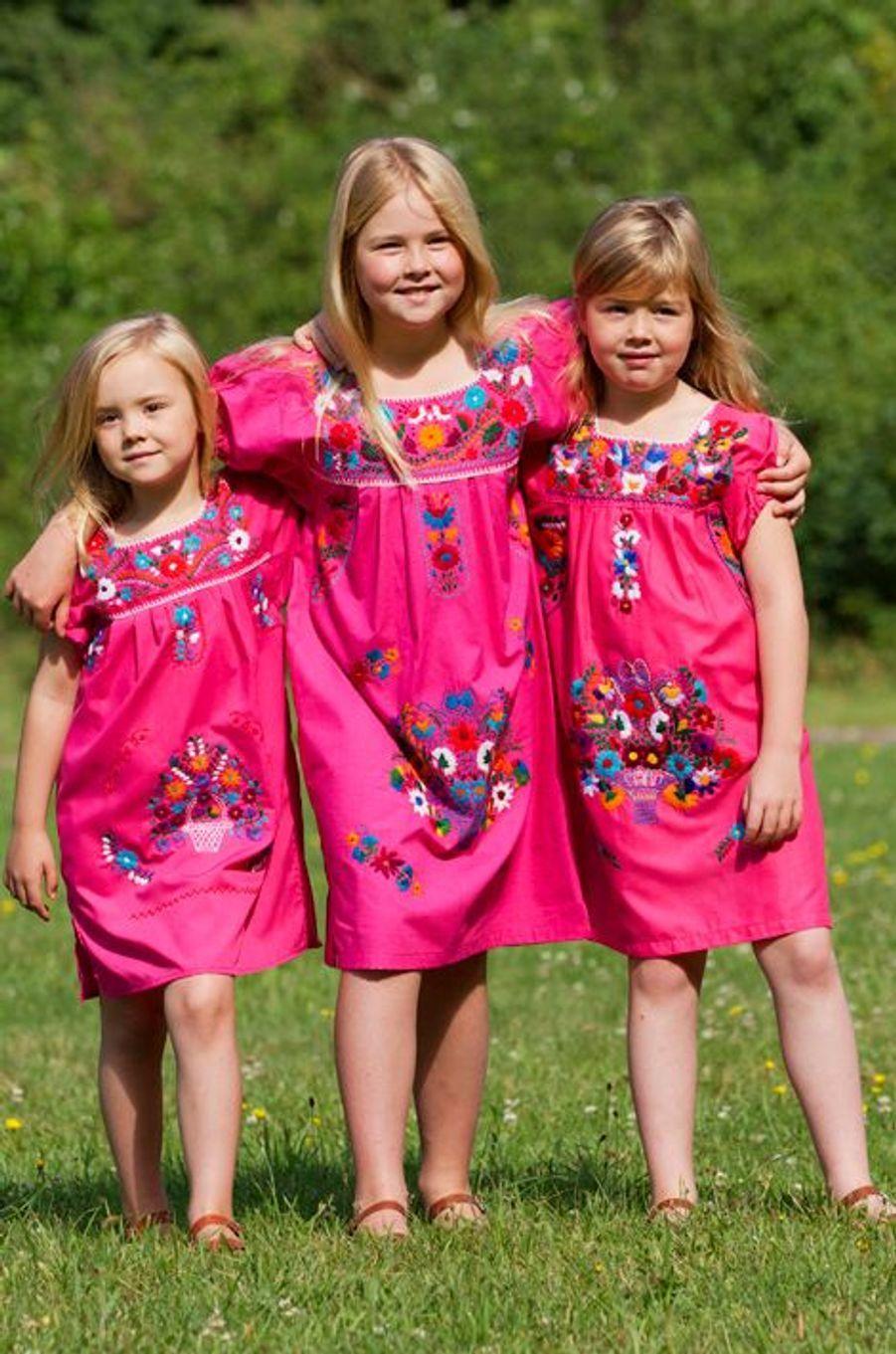 La princesse Ariane des Pays-Bas avec ses soeurs aînées, le 7 juillet 2012