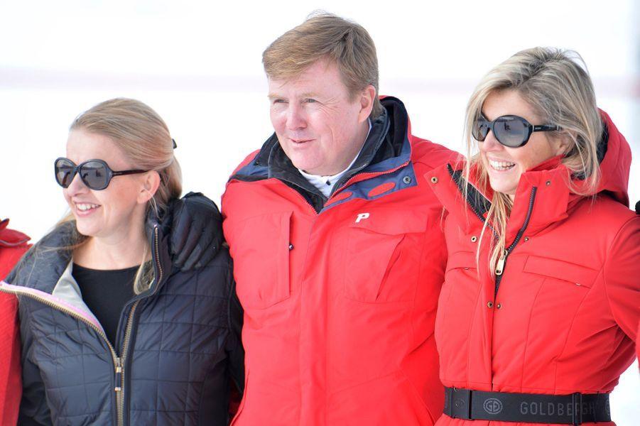 La princesse Mabel d'Orange-Nassau avec la reine Maxima et le roi Willem-Alexander des Pays-Bas, le 17 février 2014