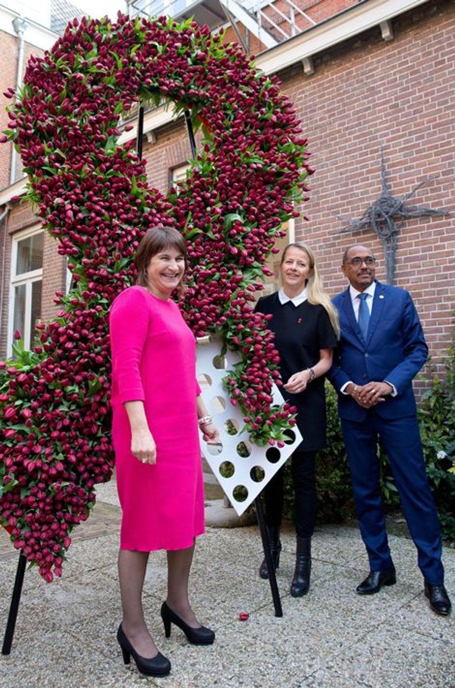 La princesse Mabel des Pays-Bas, avec la ministre Lilianne Ploumen et Michel Sidibé à La Haye, le 9 avril 2015
