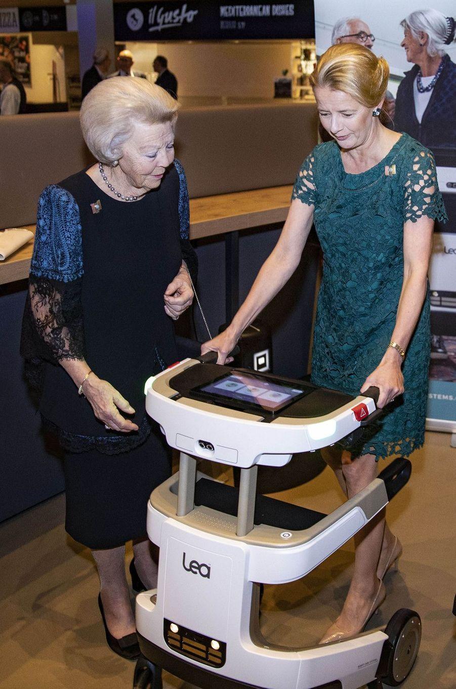 Les princesses Beatrix et Mabel des Pays-Bas à Veldhoven, le 18 mars 2019