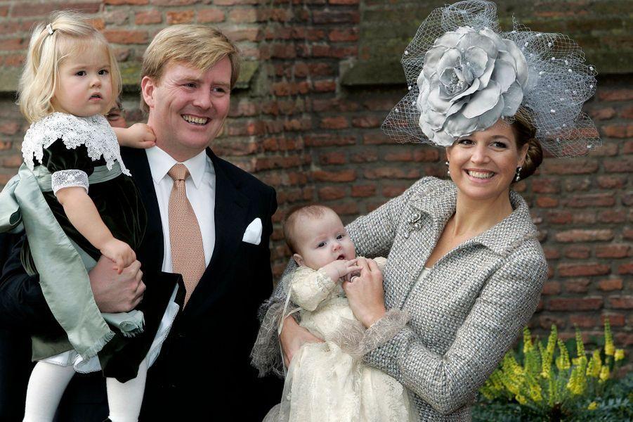 La princesse Maxima des Pays-Bas avec le prince Willem-Alexander et Catharina-Amalia et Alexia, le 19 novembre 2005