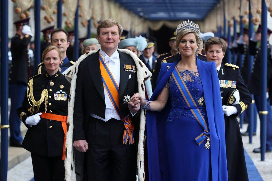 La reine Maxima des Pays-Bas avec le roi Willem-Alexander, le 30 avril 2013