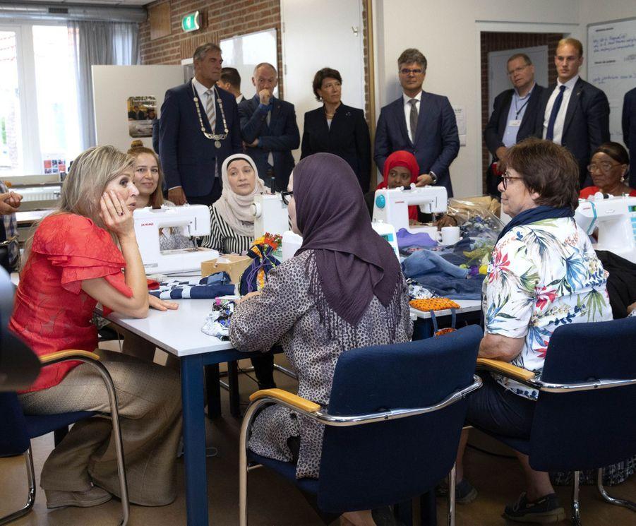 La reine Maxima des Pays-Bas avec des réfugiées à Driebergen-Rijsenburg, le 20 juin 2019