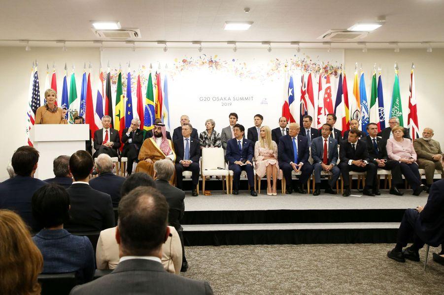 La reine Maxima des Pays-Bas prononce un discours dans le cadre du G20 à Osaka, le 29 juin 2019