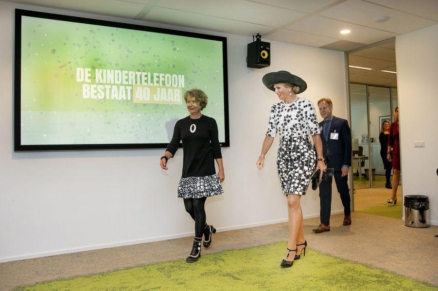 La reine Maxima des Pays-Bas dans les locaux de De Kindertelefoon à Utrecht, le 5 septembre 2019