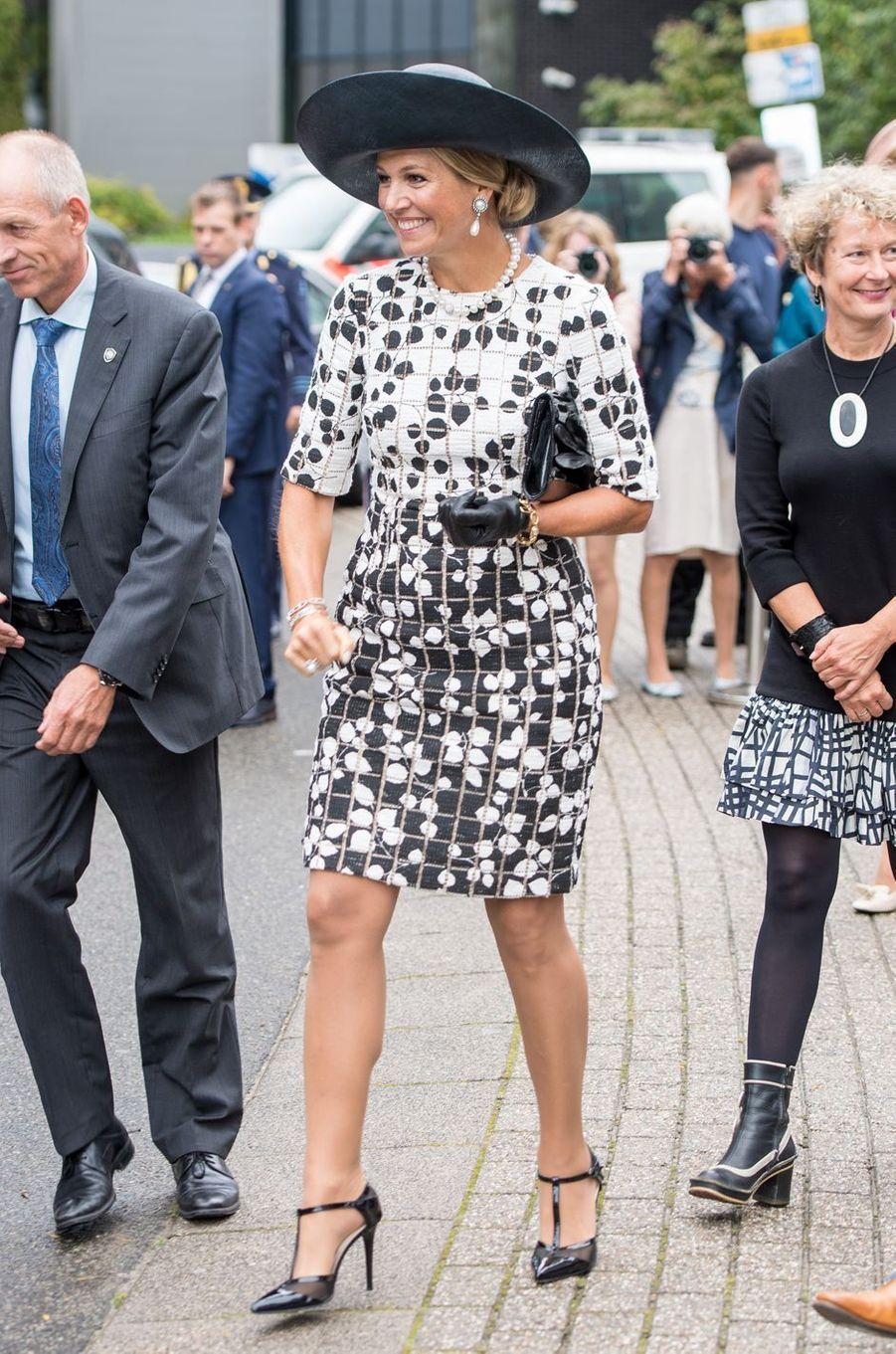 La reine Maxima des Pays-Bas dans un look black & white à Utrecht, le 5 septembre 2019