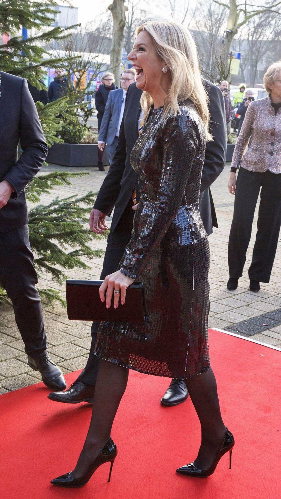 La reine Maxima des Pays-Bas, dans une robe Nina Ricci, à Zwolle le 18 décembre 2019