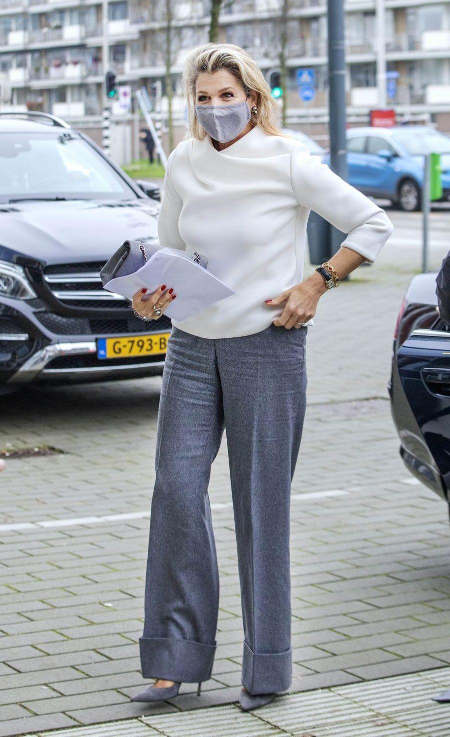 La reine Maxima des Pays-Bas à son arrivée à Gouda, le 2 décembre 2020