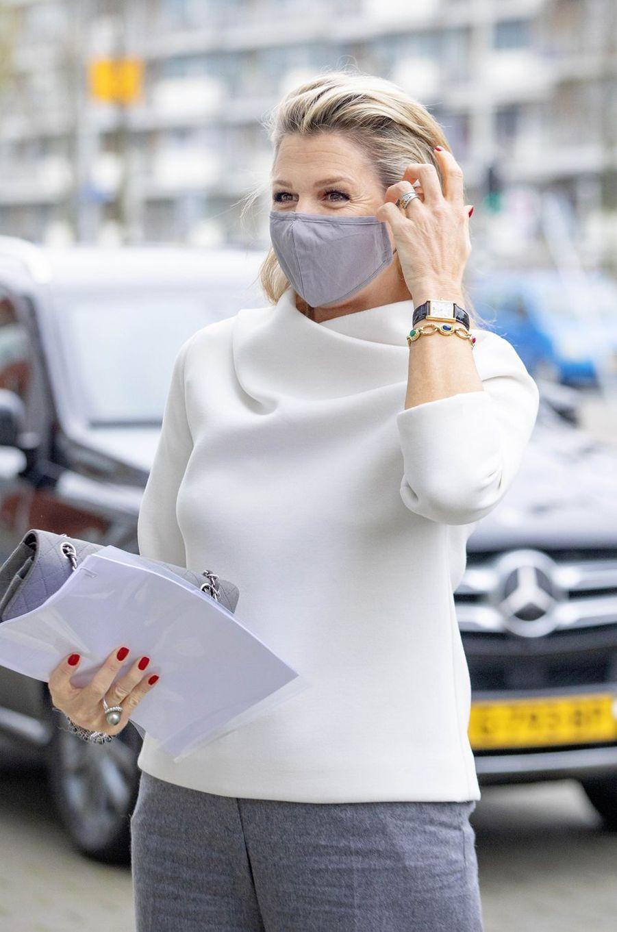 La reine Maxima des Pays-Bas en déplacement à Gouda, le 2 décembre 2020
