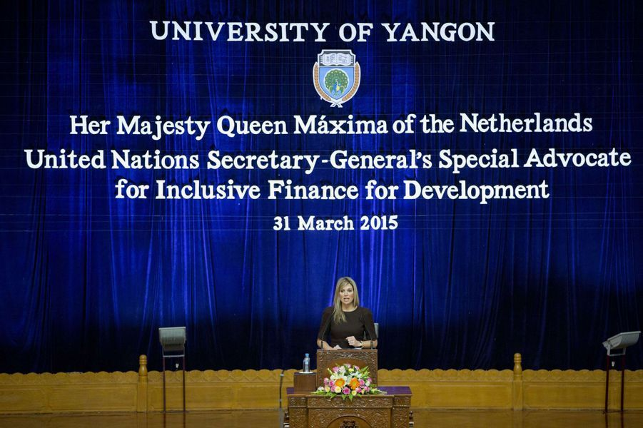 La reine Maxima des Pays-Bas à l'Université de Yangon, le 31 mars 2015