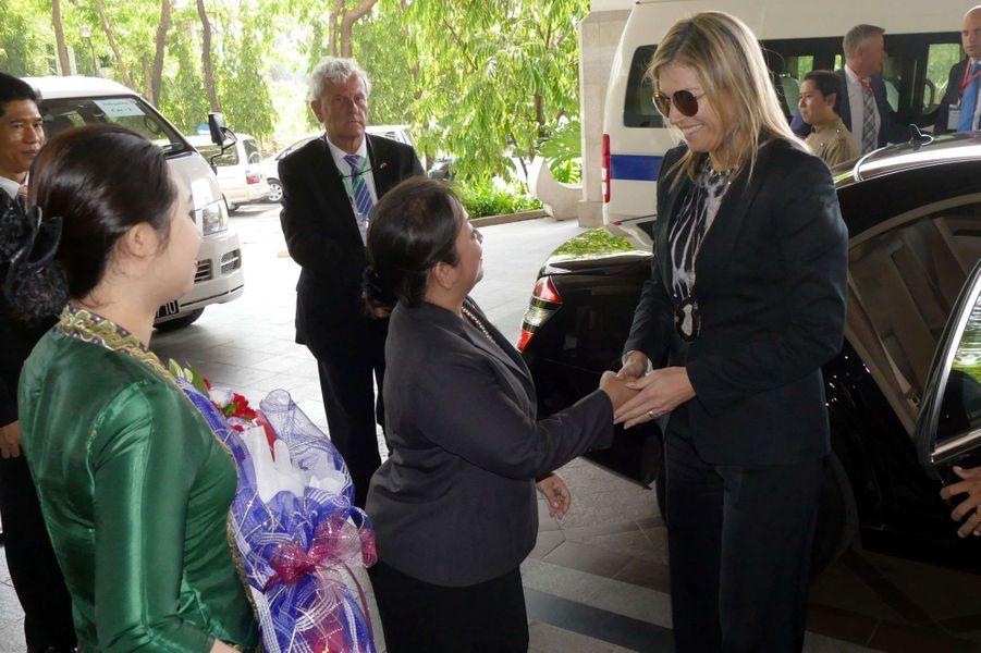 La reine Maxima des Pays-Bas à son arrivée à l'hôtel à Yangon, le 30 mars 2015