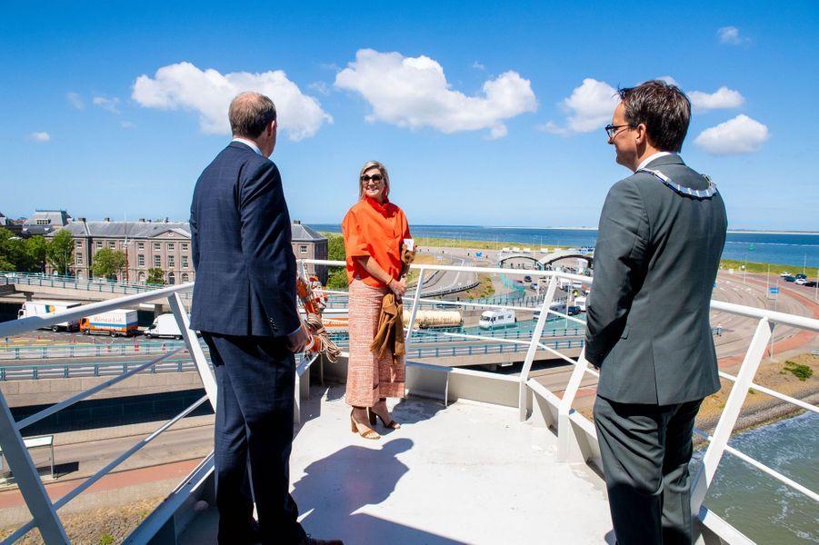 La reine Maxima des Pays-Bas en visite de travail sur l'île de Texel, le 28 mai 2020