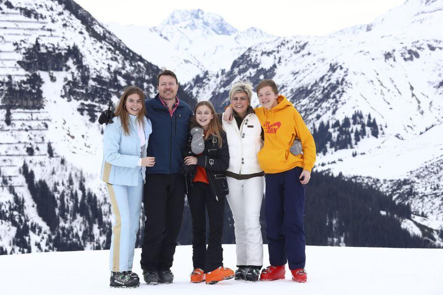 La princesse Laurentien et le prince Constantijn des Pays-Bas avec leurs enfants à Lech, le 25 février 2020