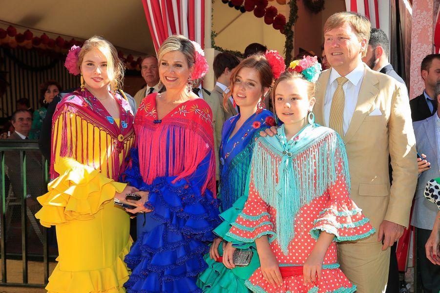 La reine Maxima et le roi Willem-Alexander des Pays-Bas avec leurs filles à Séville, le 10 mai 2019
