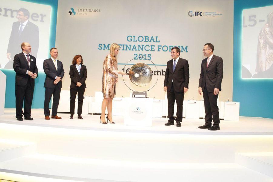 La reine Maxima des Pays-Bas à Antalya en Turquie, le 15 novembre 2015