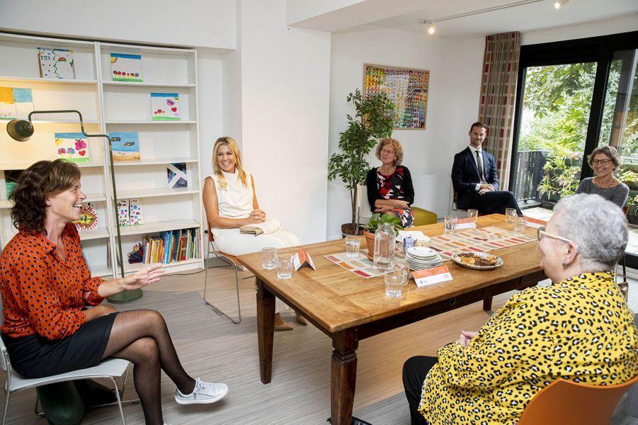 La reine Maxima des Pays-Bas dans un centre communautaire à Rotterdam, le 3 septembre 2020