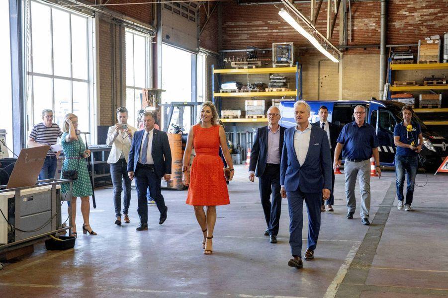 La reine Maxima des Pays-Bas dans une robe Natan à Apeldoorn, le 25 juin 2020