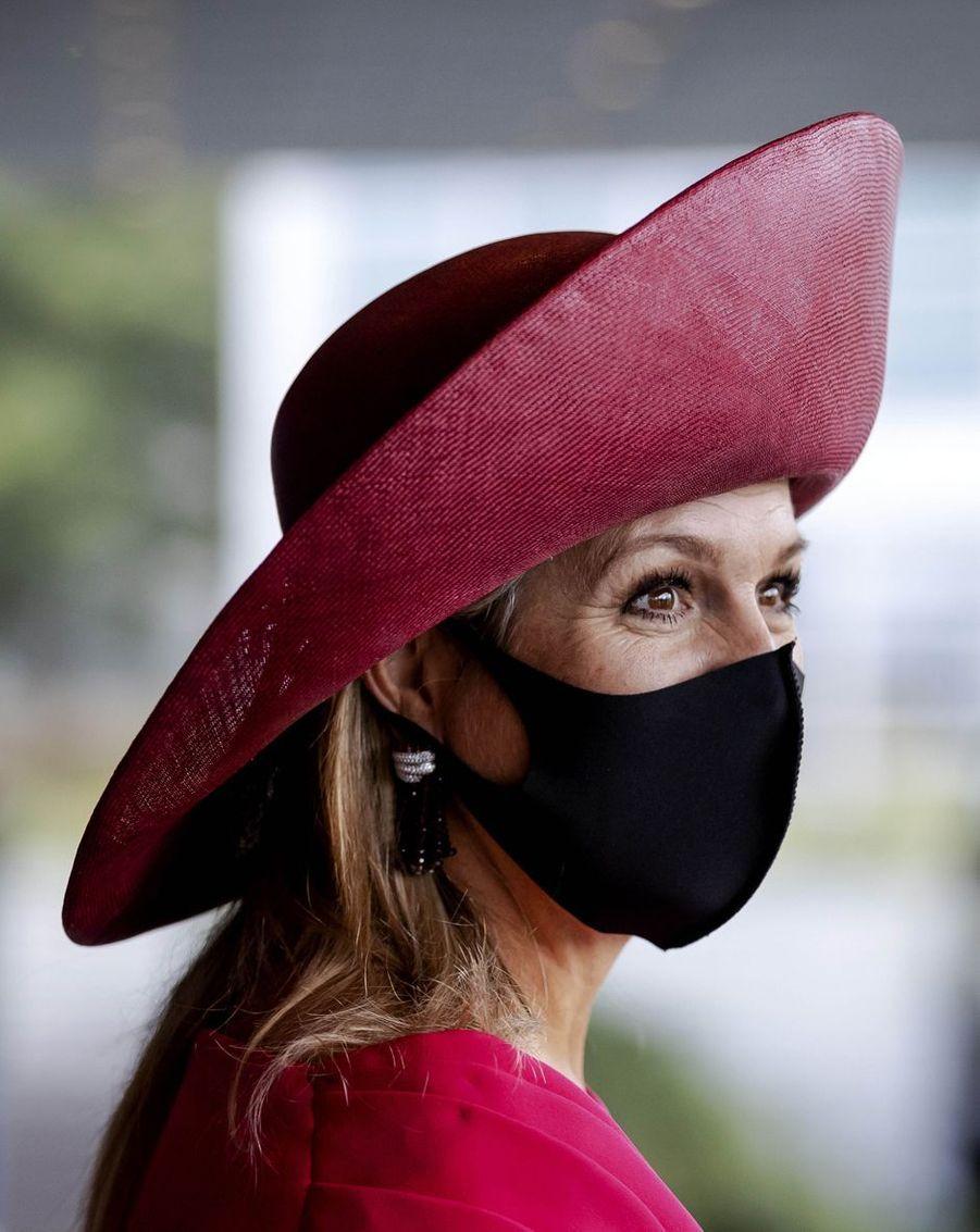 Le masque noir de la reine Maxima des Pays-Bas à La Haye, le 1er octobre 2020