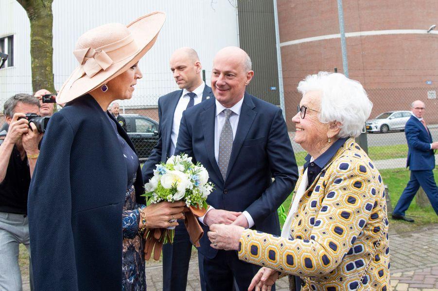La reine Maxima des Pays-Bas à son arrivée à la brasserie Bavaria à Lieshout, le 28 mars 2019