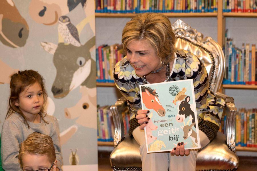 La princesse Laurentien des Pays-Bas dans une école à Maarn, le 27 janvier 2016