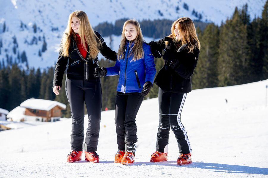 Les princesses Catharina-Amalia, Ariane et Alexia des Pays-Bas à Lech, le 25 février 2019
