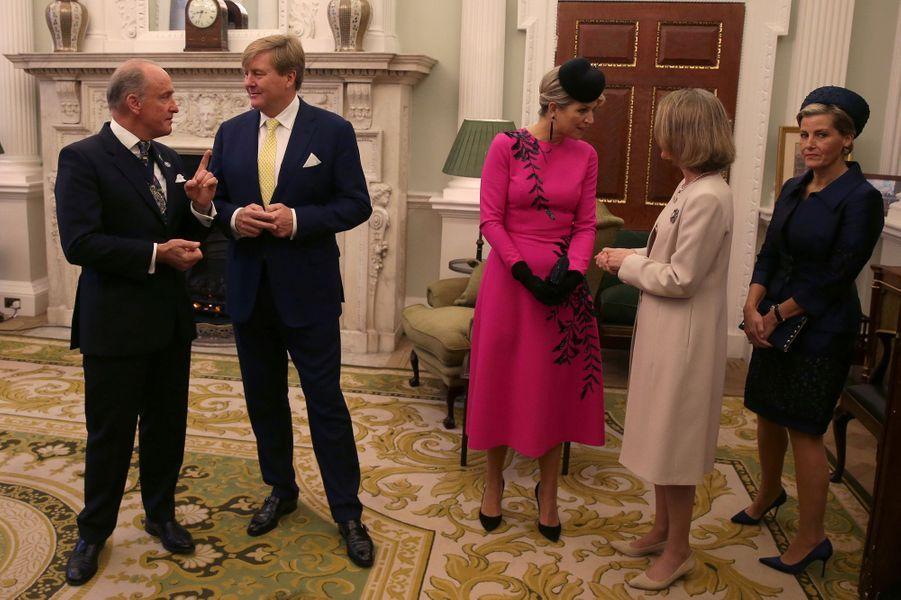 La reine Maxima et le roi Willem-Alexander des Pays-Bas avec le maire de Londres et la comtesse Sophie de Wessex à Londres, le 24 octobre 2018