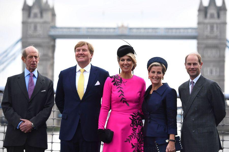 La reine Maxima et le roi Willem-Alexander des Pays-Bas avec le duc de Kent, le prince Edward et la comtesse Sophie de Wessex à Londres, le 24 octobre 2018