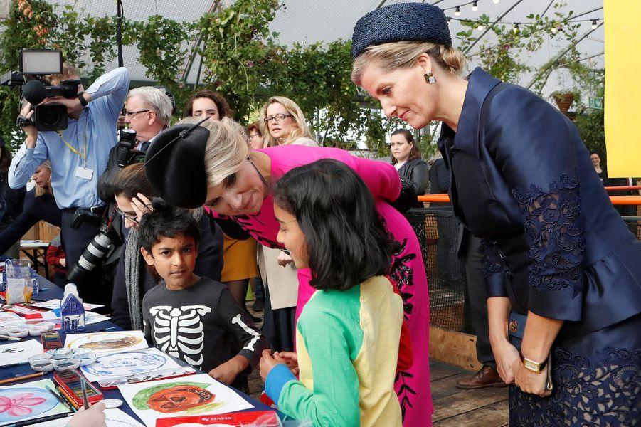 La reine Maxima des Pays-Bas et la comtesse Sophie de Wessex à Londres, le 24 octobre 2018