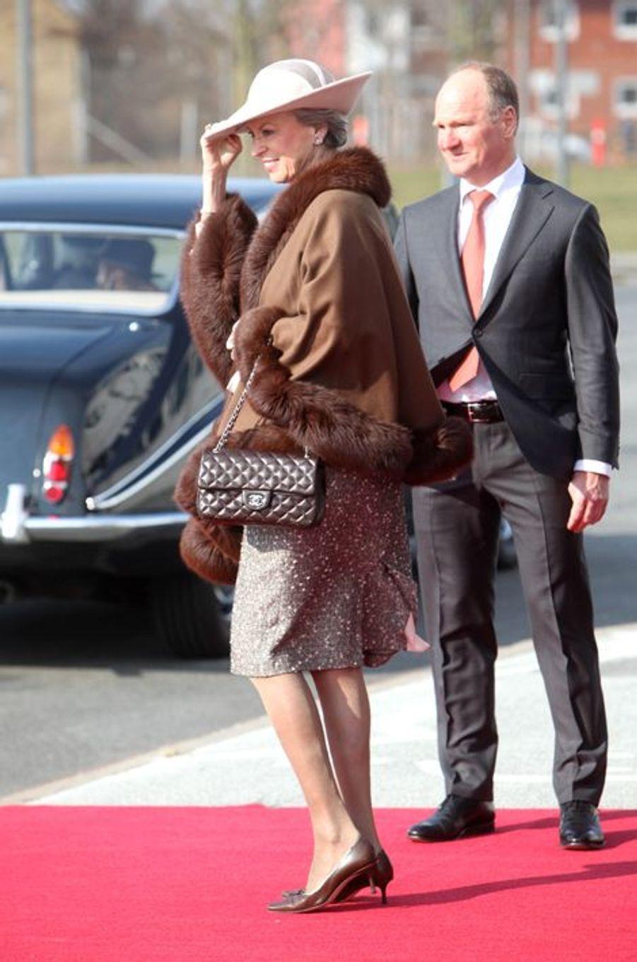 La princesse Benedikte de Danemark à l'aéroport de Copenhague, le 17 mars 2015